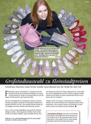 """Natalie Söhlmann ist von Schuhen umzingelt – und deshalb bestens gelaunt. Die Einkaufsberaterin des Schuhhauses Niemann sagt: """"Schuhe sind wie Rudeltiere – deswegen kann man auch nie genug Paare besitzen."""" Fotos: hb"""